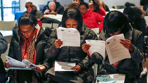 Число первичных заявок на получение пособий по безработице продолжает расти