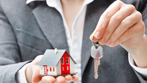 Как обезопасить себя от девальвации рубля при продаже квартиры