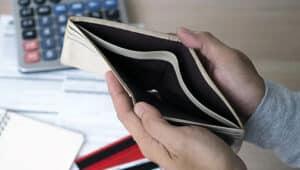 Граждане, попавшие в трудную ситуацию, могут банкротиться бесплатно