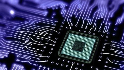 Крайне любопытные новости идут из сектора производителей микросхем