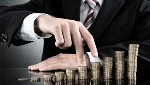 МВФ поддерживает повышения налогов на богатых