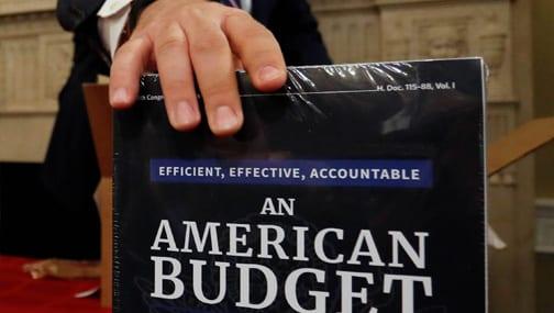 «Или американцам придется в итоге секвестировать бюджет, или дефицит в 2022 г. вполне может достигнуть $2 трлн.»