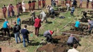 Копание могил в Новосибирске