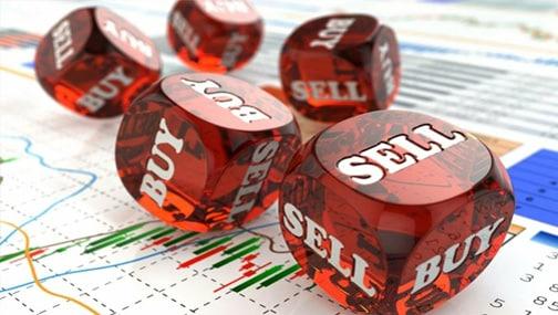 Управляющие реализуют схему «Sell in May and go away», «умные деньги» выходят с рынка?