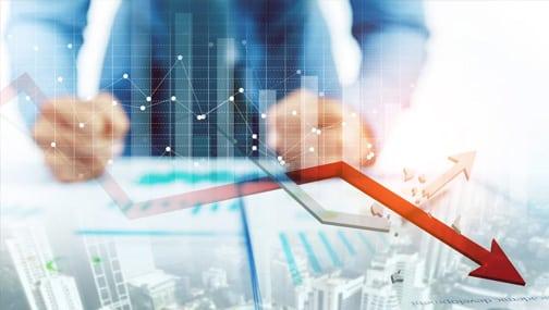 «Рыночные мультипликаторы - это коэффициенты, которые приводят рыночную стоимость акции в соотношение с выручкой, прибылью компании, собственным капиталом и другими параметрами — то есть к общему знаменателю.»