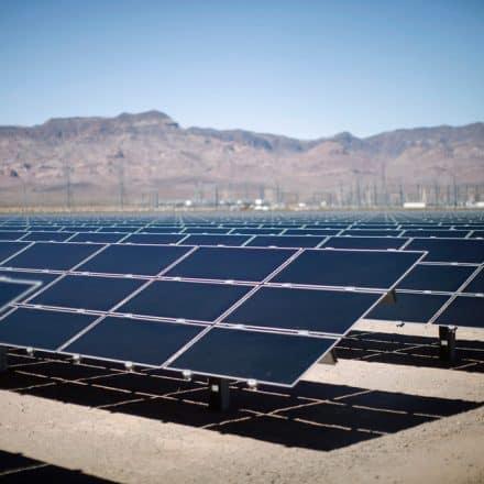 Байден переводит экономику США на «зеленые рельсы»
