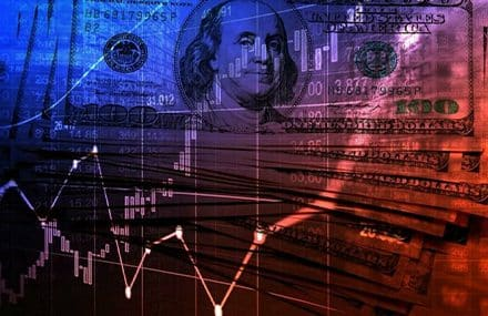 Новости валютного рынка: доллар продолжает расти